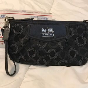 Authentic Coach Wristlet, black signature fabric